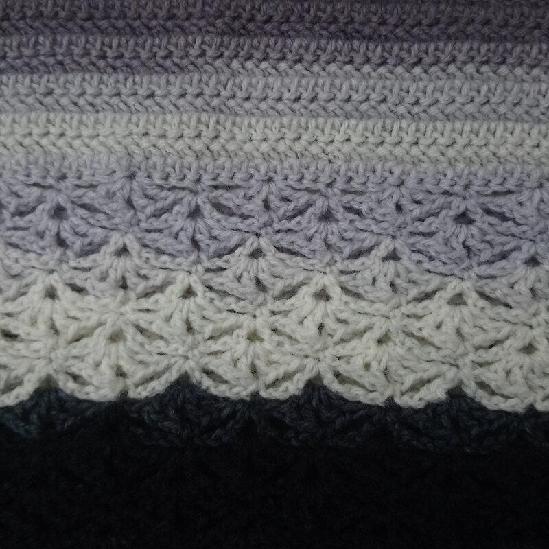 poncho gris (2)