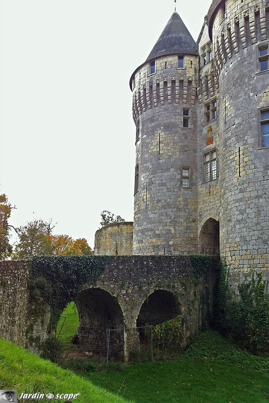 Pont d'entrée du Château St-Jean de Nogent-le-Rotrou