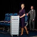 Les nouveaux uniformes de delta airlines par zac posen ( photos & videos )