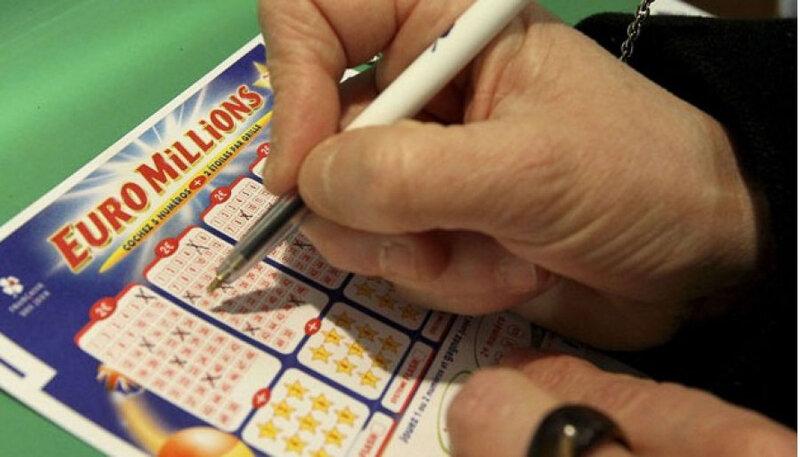 bague-magique-de-lotto-et-des-jeux-de-hasard-et-euro-millions_2