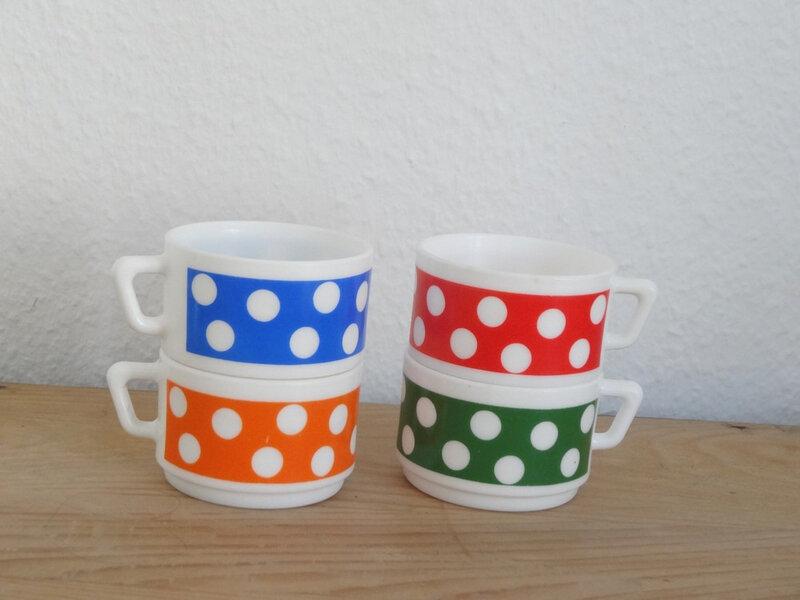 4_tasses_café_pois2