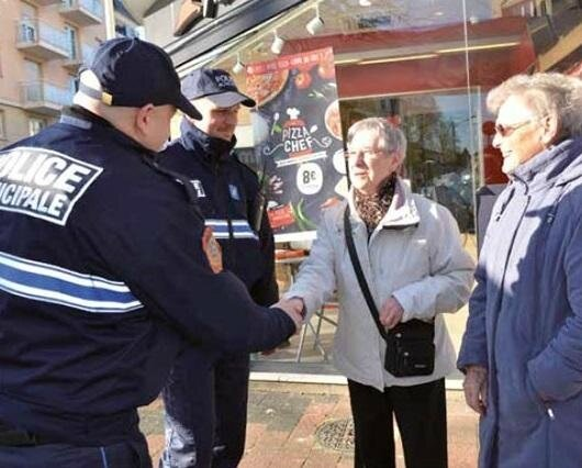 La police municipale, mais également nationale, travaillent ensemble sur le projet sécuritaire de la ville. (©Mairie de Chelles)