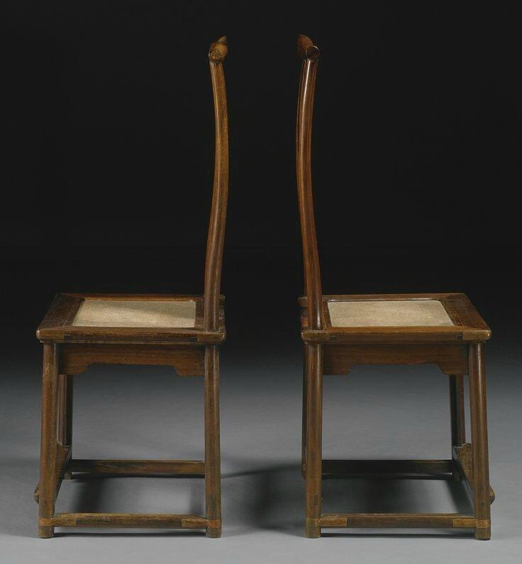 A pair of Huanghuali yokeback sidechairs (dengguayi), Qing dynasty, 18th century2