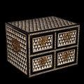 Petit cabinet indo-portugais. influence mughal, xvie-xviie siècle