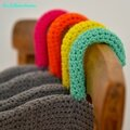 Cintre yarn bombing