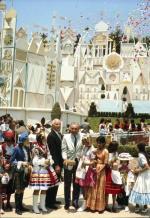 Inauguration en présence de Walt Disney à Disneyland en Californie.