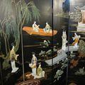 belle décoration sur ce paravent chinois laqué