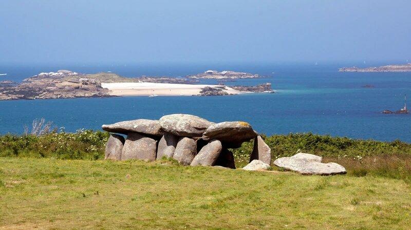 dolmen sur l'ile milliau