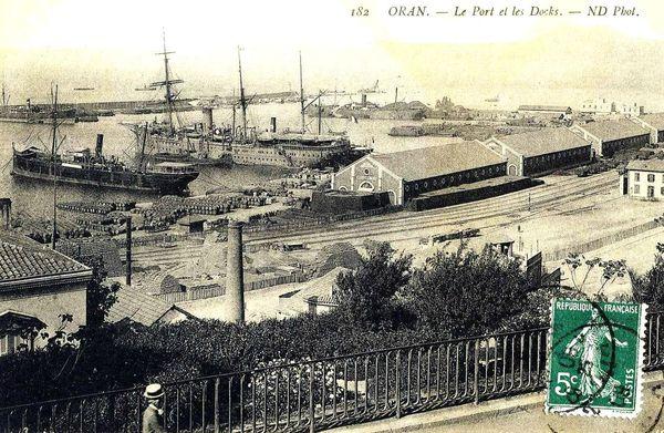 Oran- 141- travail sur les quais