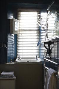 Bathroom_20Full_20Frame_20ASSRT