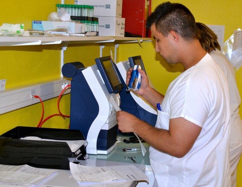 CENTRE HOSPITALIER BRISSET 2014 analyse labo