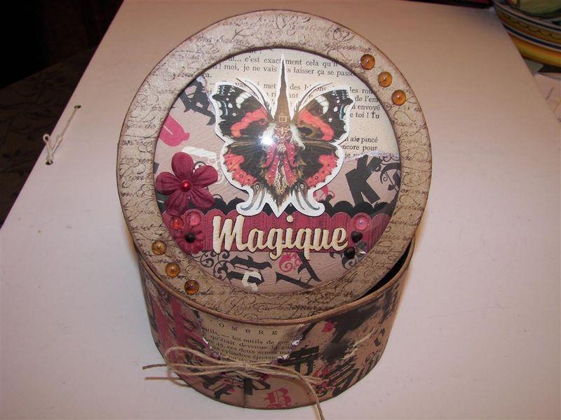 boite globe Mère Noël09 scrapsanctuary