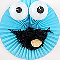 Halloween : la couronne de porte diy cookie monster