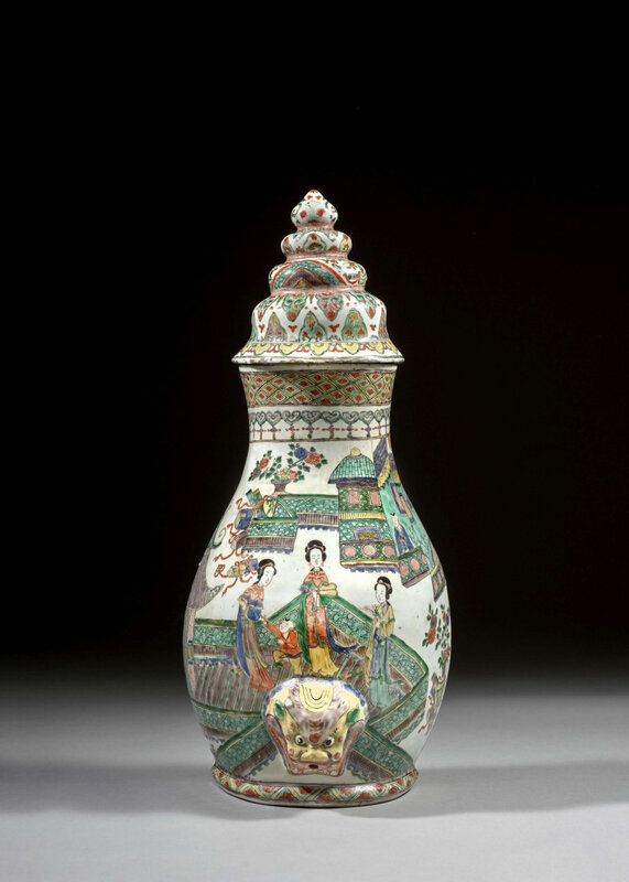A famille verte porcelain fountain and cover, Qing dynasty, Kangxi period (1662-1722)