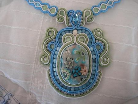 collierfimosoutache
