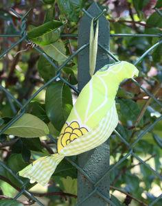 oiseau_vert_fleurs
