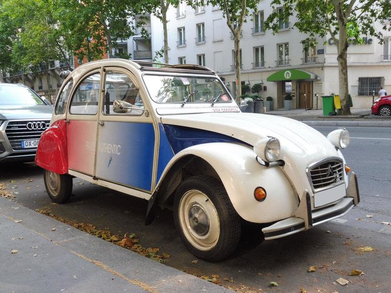 CITROËN 2CV Cocorico Paris (1)