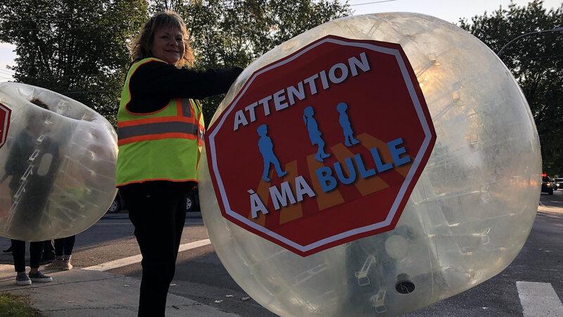 traverse-enfants-ecole-bulle