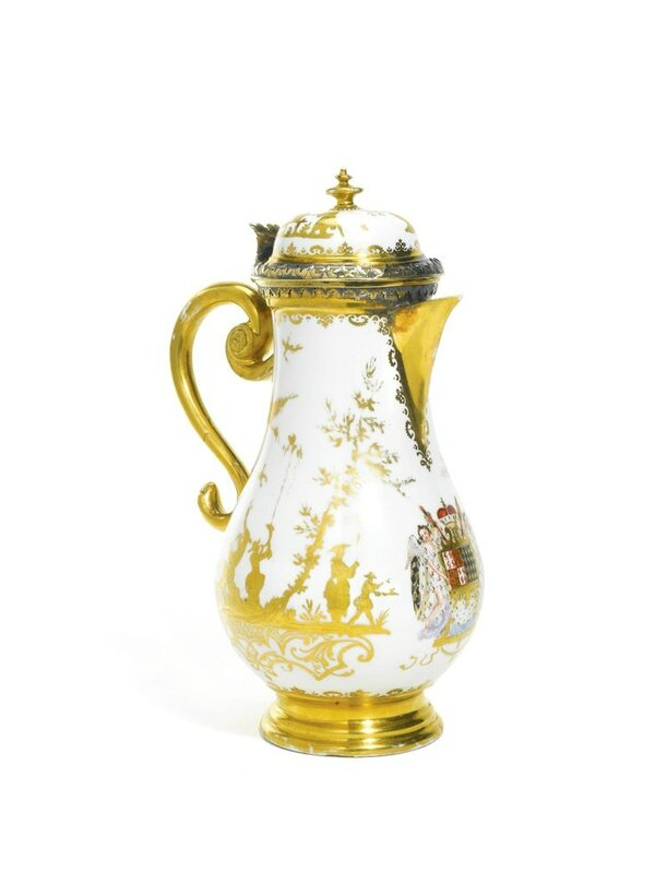 A Böttger Meissen Hausmaler coffee pot and hinged cover, circa 1722, with contemporary German silver-gilt mounts, Elias Adam, Augsburg