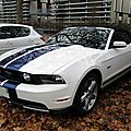 Ford mustang gt 5.0 convertible - 2011