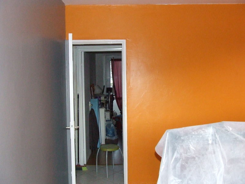 Beautiful Peinture Chambre Orange Et Gris Photos - House Design ...