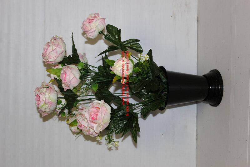 bouquet de roses cimetière pour vase funéraire (3)