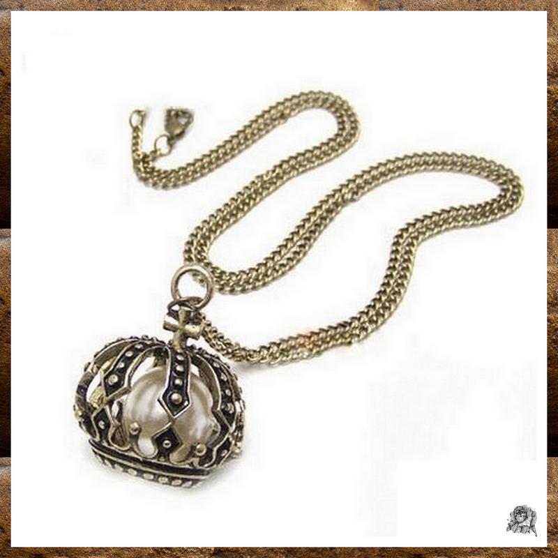 Pendentif Style Vintage Couronne Perle Nacrée Blanche Métal Couleur Bronze