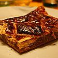 Galette crème d amandes avec des poires confites et de l amaretto