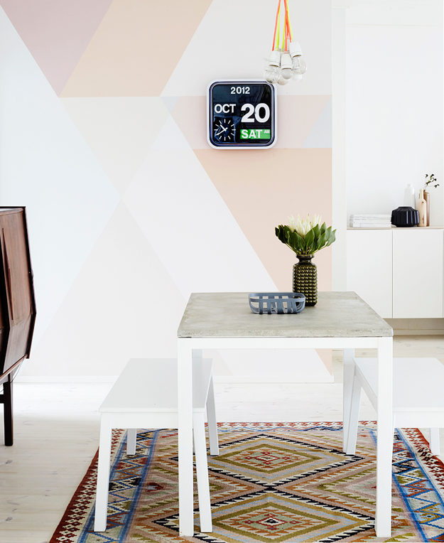 weekdaycarnivall__geometric_wall_painting