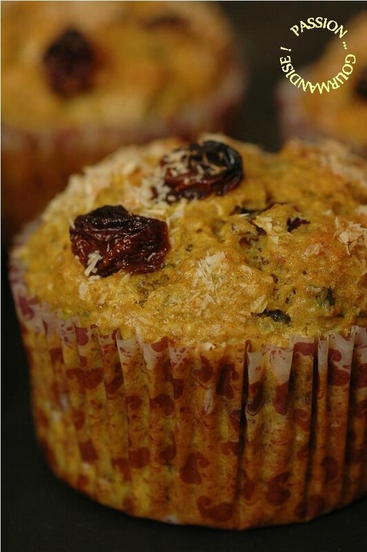 Muffin thon-lait de coco-raisin-curry-coriandre_3