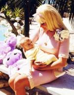 1966-04-19-birthday_jayne_with_baby_tony
