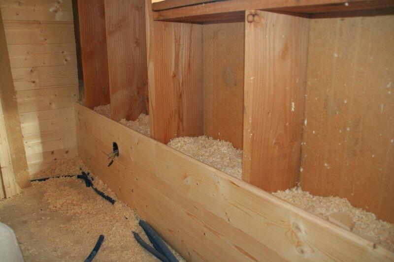 isolation des murs avec des copeaux photo de copeaux de bois les ecoconstructeurs de la manche. Black Bedroom Furniture Sets. Home Design Ideas