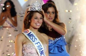 laurie_thilleman_miss_france_2011_500x330