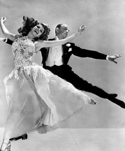 fred_astaire_and_rita_hayworth_dancing_b_w_8x10_glossy_photo_170867a8