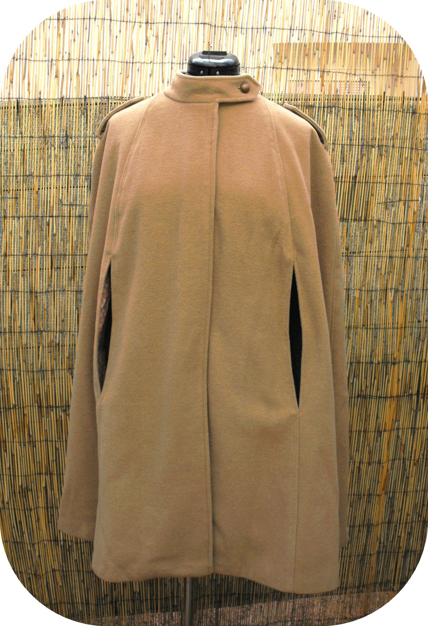 Cape - Burda couture facile HS 34, 9/2011