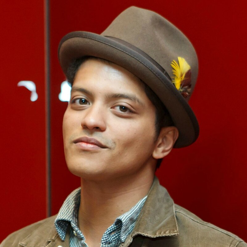 Bruno-Mars-Smile-Image