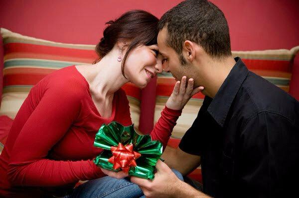 Marabout Voyant Puissant DOSSAVI Specialiste pour attraction Amoureuse