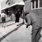 1952_hollywood_street_010_1_by_halsman_1