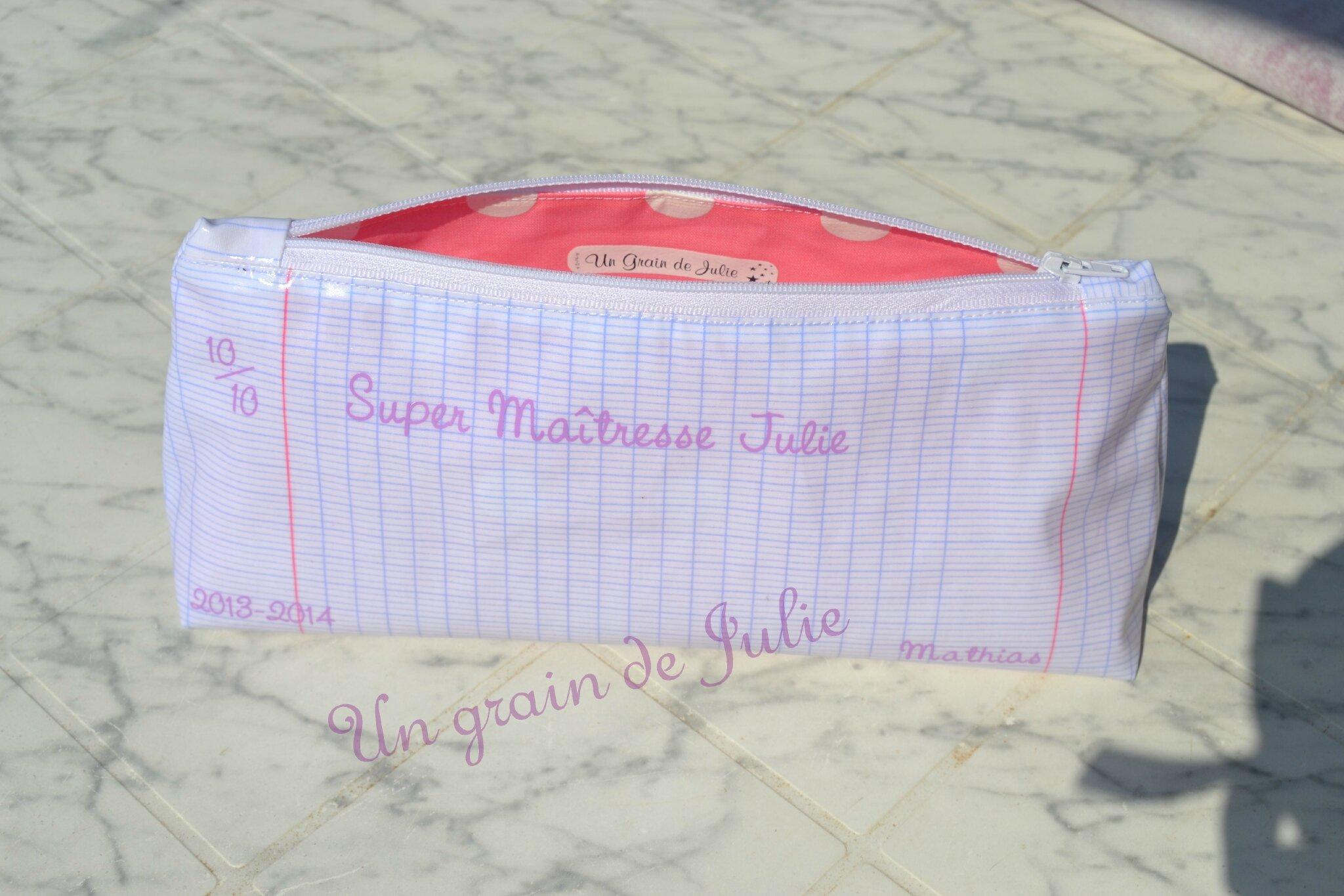 Trousse merci maitresse mathias