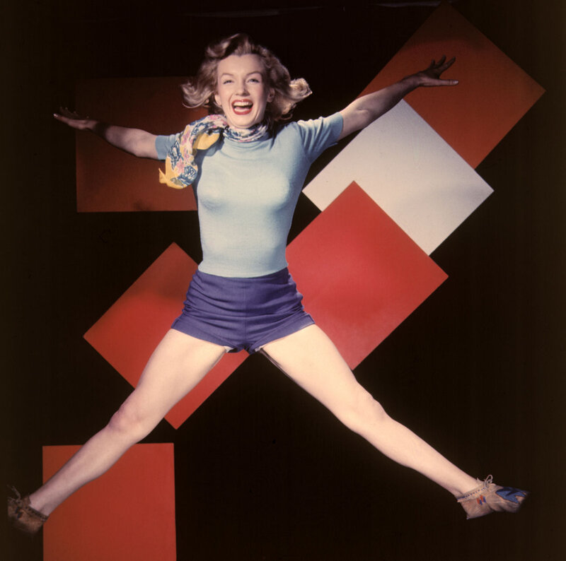 1949-studio-jump_sitting-010-1-by_willinger-1-1a