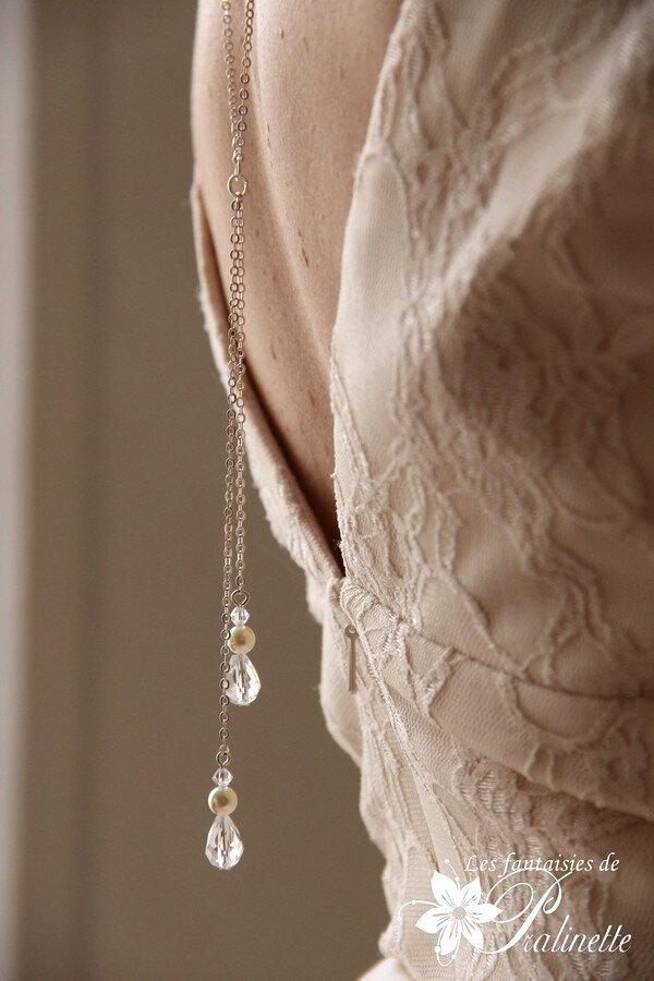 collier-mariage-de-dos-deux-pendants-et-gouttes-en-cristal-8