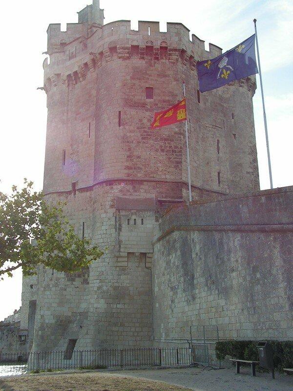 03La tour Saint-Nicolas
