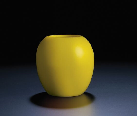 A very rare imperial yellow glass vase, Yongzheng four-character mark within double-squares and of the period (1723-1735
