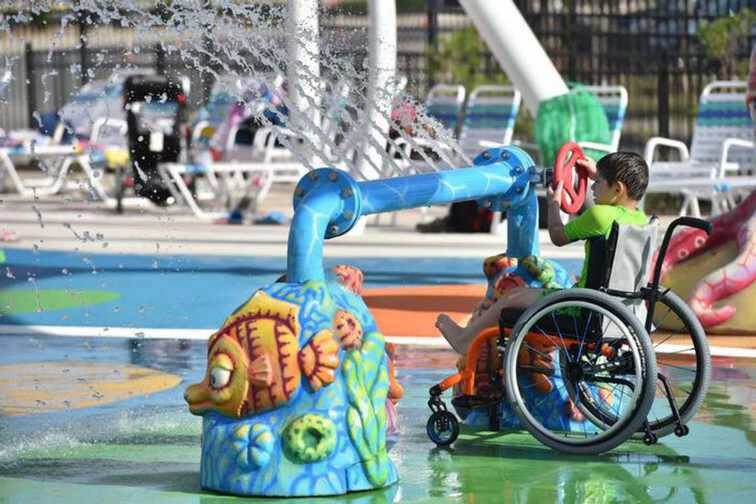 parc-aquatique-adapte-aux-enfants-handicapes-17