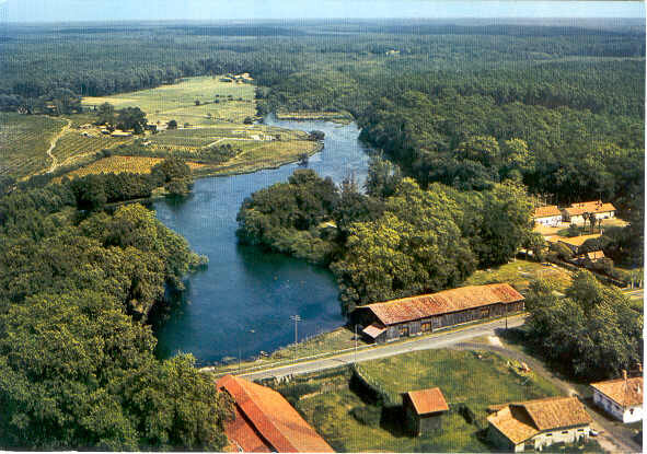 Photo-Pontenx-etang-de-la-forge-vue-aerienne