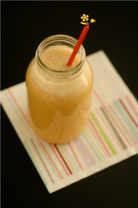 Smoothie orange-melon-vanille-gingembre
