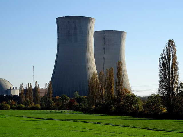 nuclear-power-plant-2854866_640