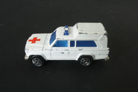 269_Jeep_Cherokee_Ambulance_01