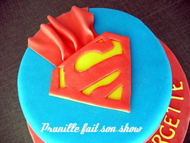 logo superman pate à sucre prunillefee