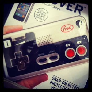 Coque_Iphone_4_NES